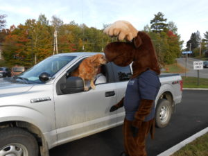 Monty Moose meeting Greenville Police Dog